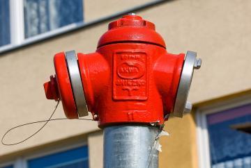 firma mentenanta sistem antiincendiu, pret manopera instalare hidranti interiori si exteriori