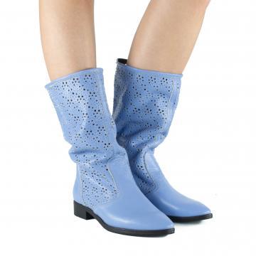 cizme de vara, cizme perforate, cizme primavara, cizme piele naturala, incaltaminte piele naturala dama, cizme vara bleu, cizme bleu, cizme albastre,