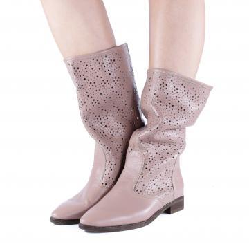 cizme vara piele perforata, cizme de vara, cizme perforate, cizme primavara, cizme piele naturala, incaltaminte piele naturala dama, cizme nude, cizme vara nude