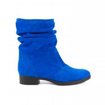 cizme albastre, cizme albastru marin, cizme scurte, cizme medii, cizme piele, cizme fara inchidere, cizme fara fermoar, cizme fronsate, cizme negre, cizme albastre la comanda, cizme comode, cizme cu talpa comoda, cizme piele intoarsa, cizme la comanda,