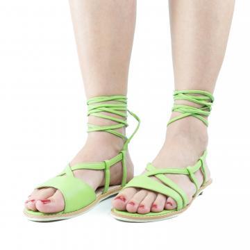 sandale flat, sandale talpa joasa, sandale piele, sandale piele naturala, sandale la comanda, sandale dama, sandale verzi, sandale cu barete pe picior, sandale cu barete pe glezna, sandale bareta