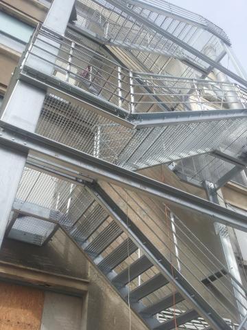 scari de incendiu cladiri de birouri, preturi scara de evacuare Pitesti, Scari de evacuare Buzau, oferte scari metalice de incendiu