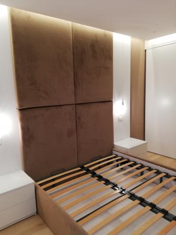 pat tapitat, dormitor tapitat, pat cu tablie tapitata, mobila dormitor